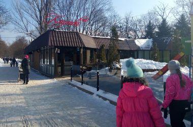 В Одессе в кафе молодой мужчина застрелился на глазах у детей