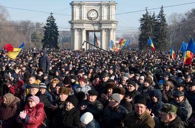 Протест на грани блокады: что происходит в Молдове