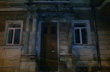 В центре Одессы обвалился фасад школы