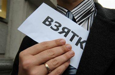 В Украине стали чаще жаловаться на взятки и кражи: преступность в цифрах
