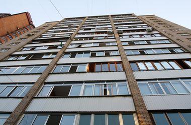 В России годовалого ребенка выбросили из окна