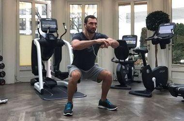 Владимир Кличко сменил имидж и отрастил брутальную бороду
