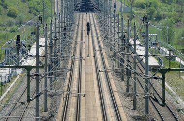 В Индии поезд раздавил делавшего селфи парня
