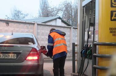 Бензину обещают новое подорожание: насколько оно обоснованно и как формируется цена