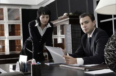 Каждый третий в Украине знает зарплату своего босса