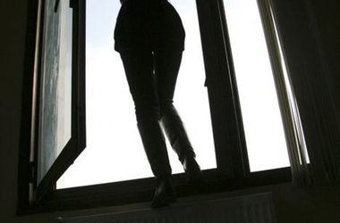 Во Львове женщина упала с высоты 14-этажа: тело разорвало на две части
