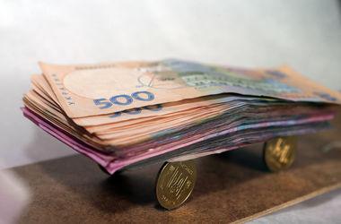 Под Киевом поселковый голова украл на покупке трактора 60 тысяч гривен
