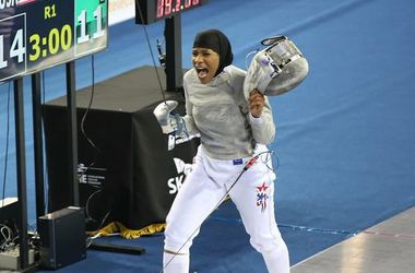 Саблистка Мухаммад станет первой американкой, которая выступит в хиджабе на Олимпийских играх