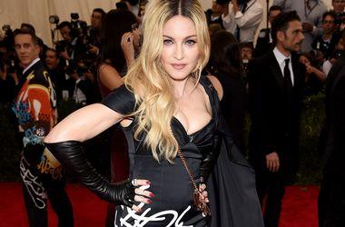 Мадонна перед судом уговаривает сына вернуться к ней