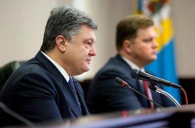 Порошенко выступил против идеи отгородиться от Донбасса