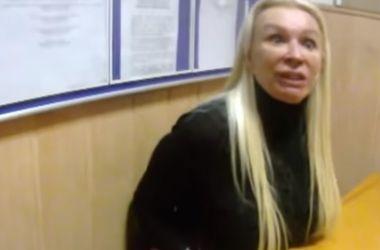 """""""Мажорная"""" блондинка, которая напала на полицейских, оказалась женой прокурора ГПУ - СМИ"""