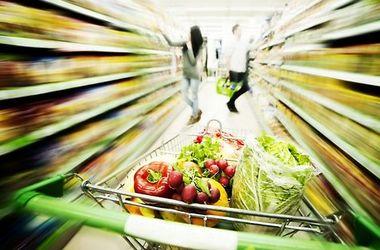 Супермаркетам во Франции запретили выбрасывать еду