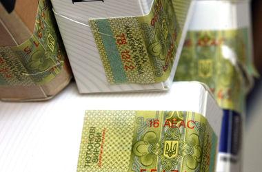 Сигареты и алкоголь в Украине вновь могут подорожать: как вырастут цены