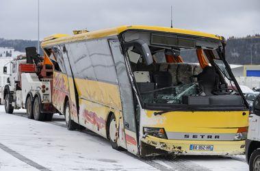 <p>В результате ДТП со школьным автобусом во Франции погибли 2 детей. Фото: AFP</p>