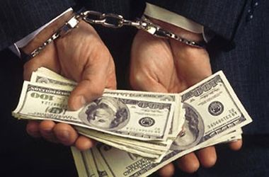В Киеве мошенники воруют вещи у пенсионеров