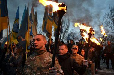 """В Одессе прошел марш в память о погибших бойцах """"Азова"""""""
