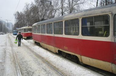 В Киеве утром горел трамвай – пассажиры
