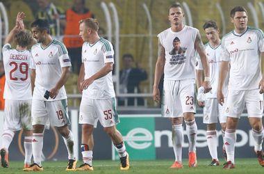 Российский футболист после поражения в Стамбуле позлил местных фанатов футболкой с Путиным