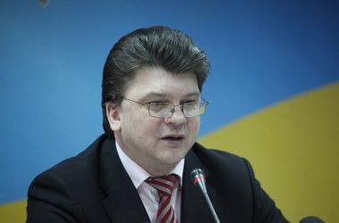 """Министр молодежи и спорта Жданов исключен из """"Батькивщины"""""""