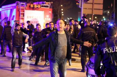 Число жертв взрыва в Анкаре возросло до 18