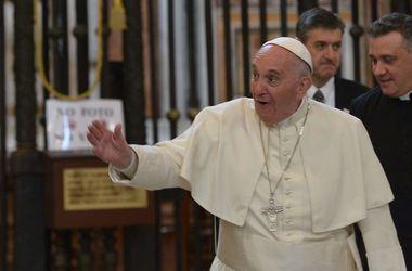 Папа Франциск и Дональд Трамп разошлись во взглядах на судьбу мигрантов