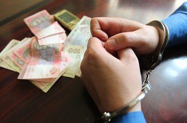 Под Киевом поймали пьяного таксиста-вора