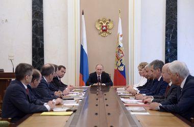Песков рассказал, о чем Путин говорил на Совбезе РФ