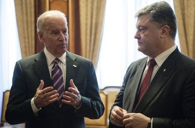 Порошенко и Байден скоординировали действия по дальнейшему давлению на Россию