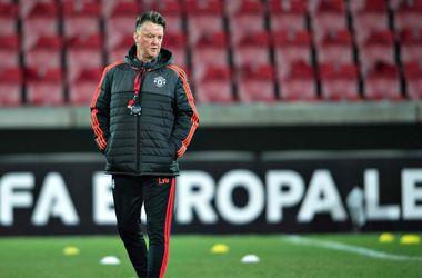 "Луи ван Гал - худший тренер ""Манчестер Юнайтед"" за последние 35 лет"