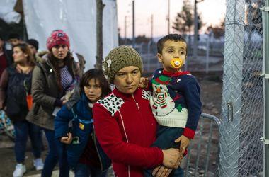 Сербия закрыла границу с Македонией