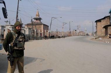 Талибы взорвали новую школу в Пакистане