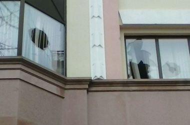 В СКМ прокомментировали нападение на киевский офис компании