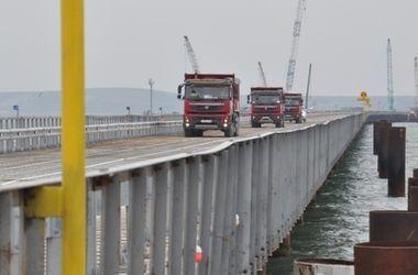 В России рассказали, как идет строительство моста через Керченский пролив