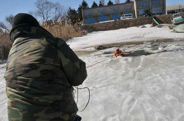 В Харьковской области четыре человека ушли под тонкий лед