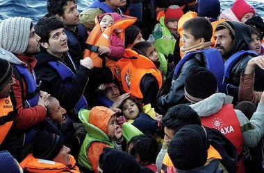 Власти Македонии закрыли границу с Грецией для мигрантов из Афганистана