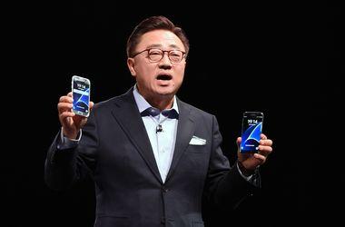 Samsung официально представил новые смартфоны и панорамную камеру