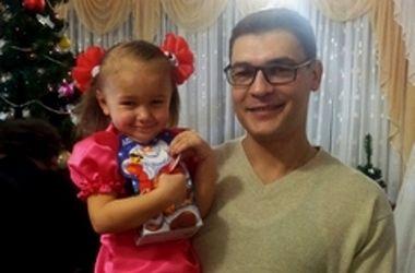 Папа снял дочку когда она была в ванной