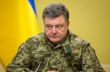 Полномасштабные боевые действия на Донбассе могут возобновиться – Порошенко