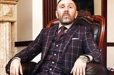 Сергей Шнуров нуждается в контроле жены