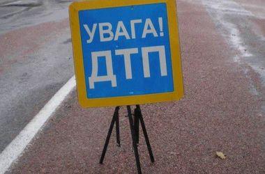 Под Киевом ищут водителя, сбившего пешехода