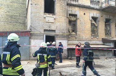 Обвал дома в центре Киева: есть погибшие