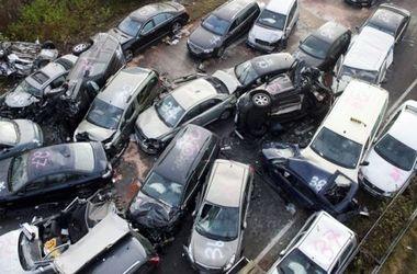 В Китае столкнулись сразу 38 автомобилей
