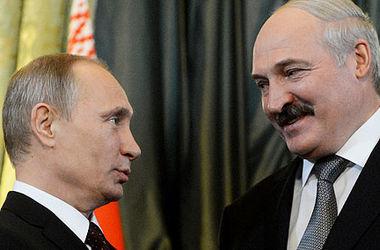 В сети появилось видео конфуза Лукашенко с Путиным