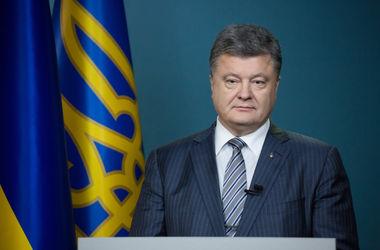 Порошенко поручил подготовить спецзаседание СНБО по стратегии возвращения Крыма