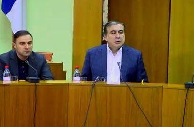 Саакашвили в ярости: губернатор выгнал с заседания представителя СБУ