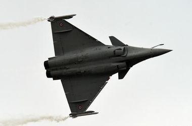 Самолеты ВВС Франции уничтожили оружейный склад ИГ на севере Сирии