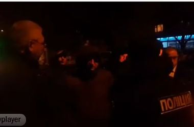 В Одессе между полицейскими и таксистами произошел конфликт