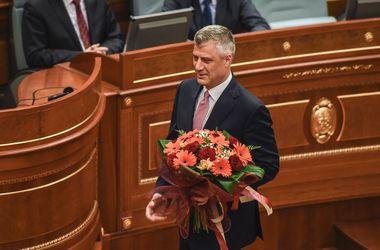 Парламент Косово, несмотря на протесты со слезоточивым газом, выбрал президента