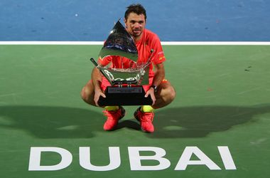 Вавринка переиграл Багдатиса в финале турнира в Дубае