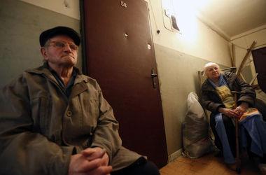 В Киеве супругов-пенсионеров выселили из собственной квартиры